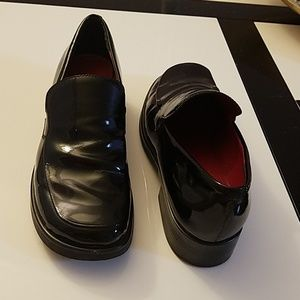 Black natural patent leather shoes